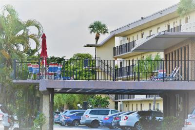 Boca Raton Condo For Sale: 9355 SW 8th Street #123