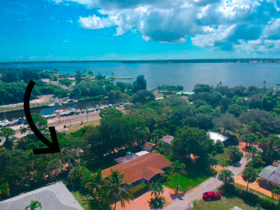 Jensen Beach Single Family Home For Sale: 1065 NE Rio Pine Lane