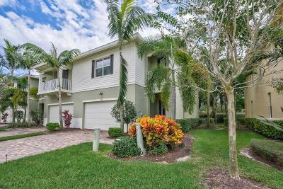 Palm Beach Gardens Townhouse For Sale: 5216 Cambridge Court
