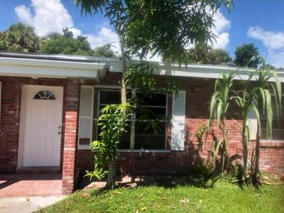 Fort Pierce Single Family Home For Sale: 904 Coral Street