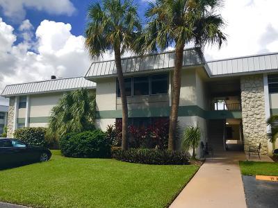 Fort Pierce Condo For Sale: 2302 Sunrise Boulevard #B3, U104
