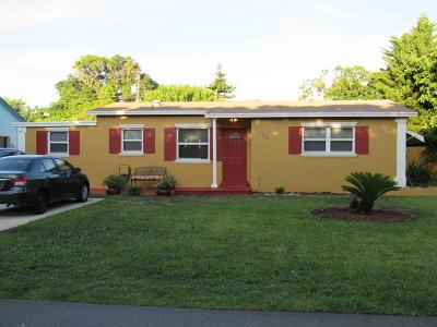 Boynton Beach Single Family Home For Sale: 2638 NE 3rd Ct