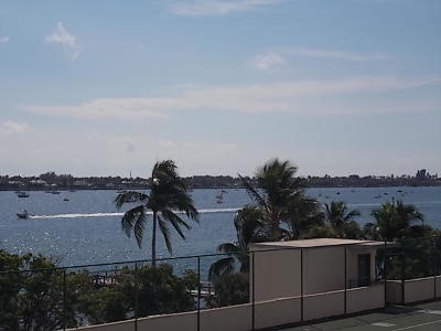 West Palm Beach Condo For Sale: 5600 Flagler Drive #410