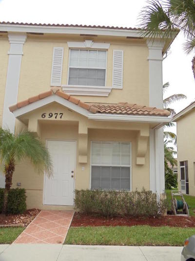 Lake Worth Townhouse For Sale: 6977 Stoney Creek Circle