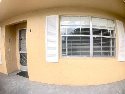 Delray Beach Condo For Sale: 13837 Via Flora #B