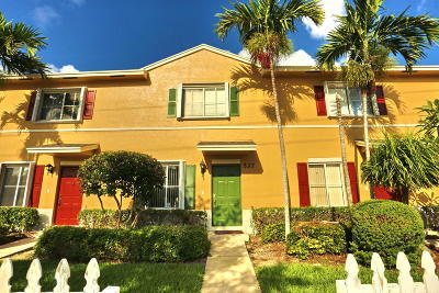 Lantana Townhouse For Sale: 537 E Coast Avenue