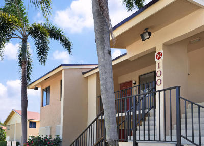 Deerfield Beach Condo Contingent: 100 SE 7th Street #5