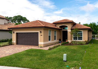 Jupiter Single Family Home For Sale: 7139 Limestone Cay Road