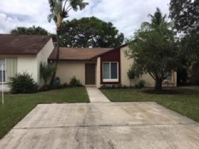 Jupiter Townhouse For Sale: 115 Village Circle