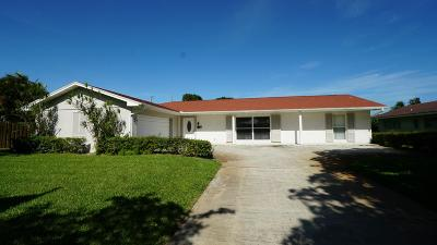 North Palm Beach Single Family Home Contingent: 866 Fathom Road W
