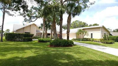 Palm City Single Family Home For Sale: 1934 SW Saint Andrews Drive
