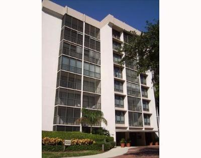 Boca Raton Condo For Sale: 7847 Lakeside Boulevard #1073