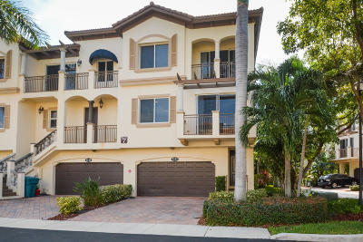 Boynton Beach Townhouse For Sale: 3151 Waterside Circle #3151