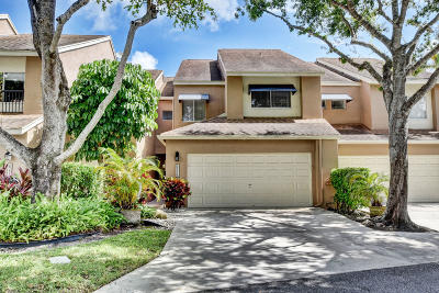 Boca Raton Townhouse For Sale: 6751 Boca Pines Trail #E