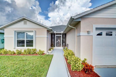Fort Pierce Single Family Home For Sale: 6043 Adonidia Place
