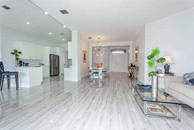 Greenacres Single Family Home For Sale: 2539 Egret Lake Drive
