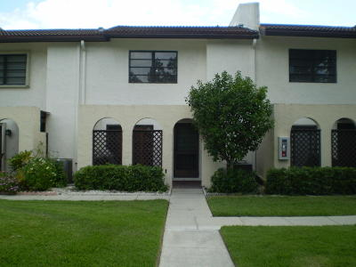 Boca Raton Townhouse For Sale: 21741 Cypress Drive #45-D