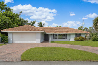 Riviera Beach Single Family Home For Sale: 1160 Coral Way