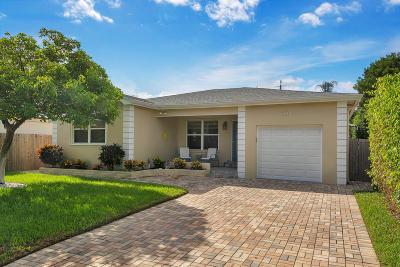 Lake Worth Single Family Home For Sale: 165 Harvard Drive