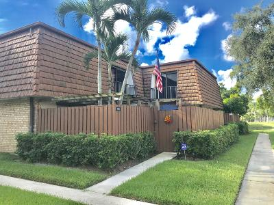 Greenacres Townhouse For Sale: 105 1st Lane #A