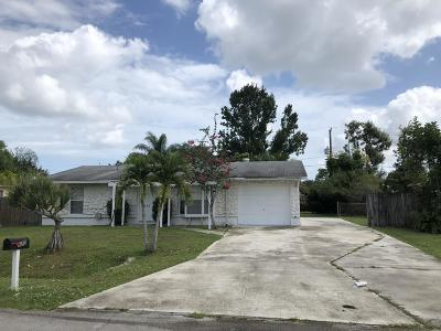Port Saint Lucie Single Family Home For Sale: 673 SE Forgal Street