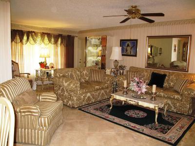Delray Beach Single Family Home For Sale: 457 High Point Boulevard #B