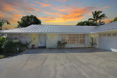 Palm City Single Family Home For Sale: 1209 SW Dyer Point Road