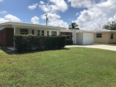 Palm Beach Gardens Single Family Home For Sale: 3744 Bahama Road