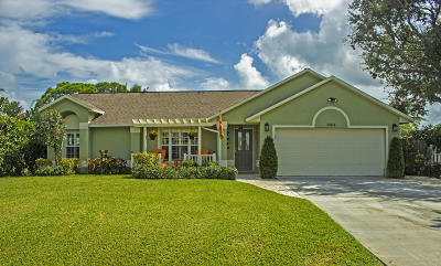 Hobe Sound Single Family Home Contingent: 6604 SE Sylvan Place