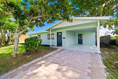 Palm Beach Gardens Single Family Home Contingent: 3160 Capri Road
