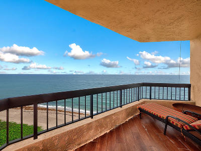 Highland Beach Condo For Sale: 3201 S Ocean Boulevard #702
