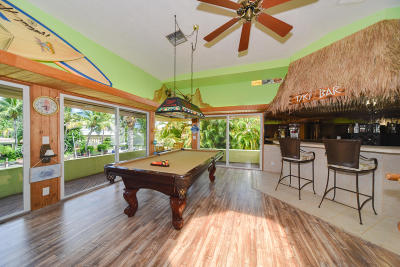Boca Raton Single Family Home For Sale: 681 NE Harbour Drive