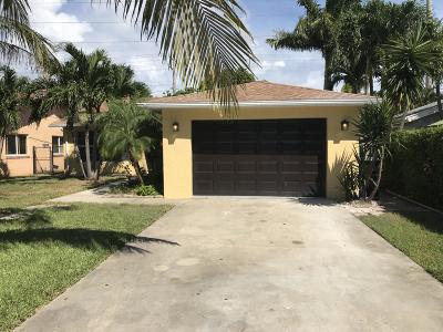 Lake Worth Single Family Home For Sale: 414 Griswold Drive
