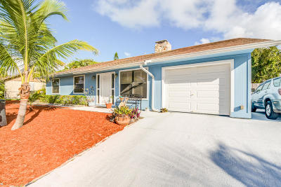 Jensen Beach Single Family Home For Sale: 2277 NE 16th Court