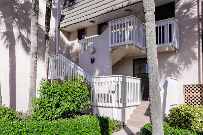 Jensen Beach Condo For Sale: 11000 S Ocean Drive #3
