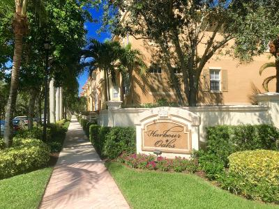 Palm Beach Gardens Condo For Sale: 2572 Gardens Parkway
