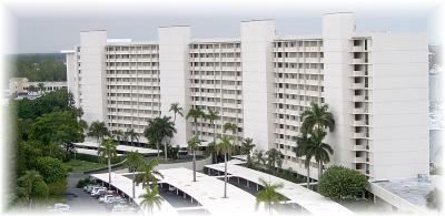 North Palm Beach Condo For Sale: 134 Lakeshore Drive #816