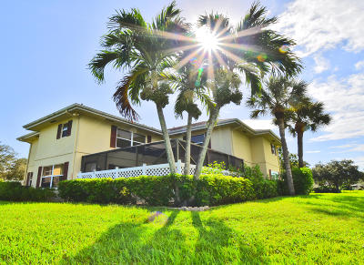 Royal Palm Beach Townhouse For Sale: 6 Amherst Court #D