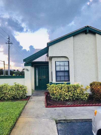Port Saint Lucie Single Family Home For Sale: 882 SW Monica Street