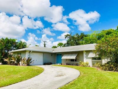 Palm Beach Gardens Single Family Home For Sale: 3683 Holly Drive