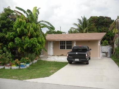 Pompano Beach Single Family Home For Sale: 3640 NE 14th Avenue