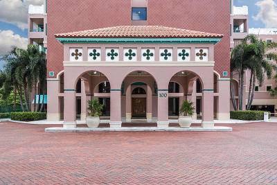 Mizner Court, Mizner Court Cond I, Mizner Court Condo, Mizner Court Condominium Condo Contingent: 100 SE 5th Avenue #Ph2