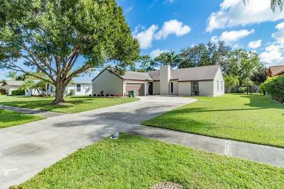 Jupiter Single Family Home For Sale: 602 Oak Terrace