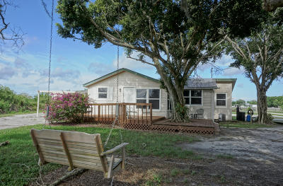 Palm City Single Family Home For Sale: 5000 SW Leighton Farm Avenue