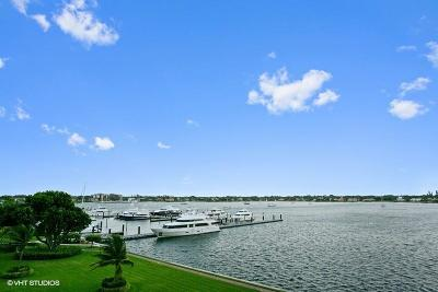 North Palm Beach Condo For Sale: 132 Lakeshore Drive #518