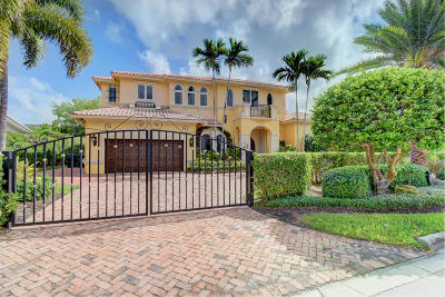 Mizner Court, Mizner Court Cond I, Royal Palm Yacht & Cc, Royal Palm Yacht & Country Club, Royal Palm Yacht And Country Club, Royal Palm Yacht And Country Club Sub In Pb 26 Pgs, Royal Palm Yacht And Country Club Subdivision Single Family Home For Sale: 2352 Date Palm Road