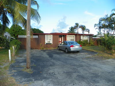 Boynton Beach Single Family Home For Sale: 3040 Ocean Parkway
