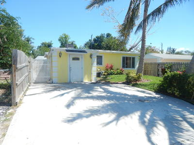 Lantana Single Family Home For Sale: 1155 Highland Road
