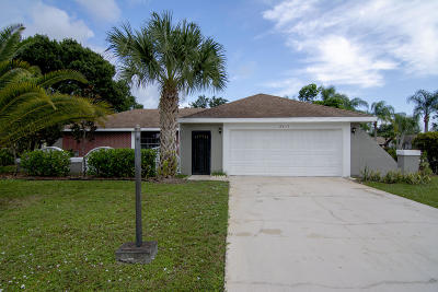 Port Saint Lucie Single Family Home For Sale: 2411 SE Morningside Boulevard