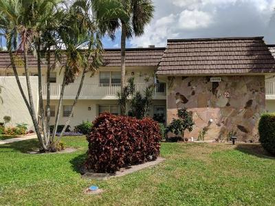Royal Palm Beach Condo For Sale: 12002 Poinciana Boulevard #204
